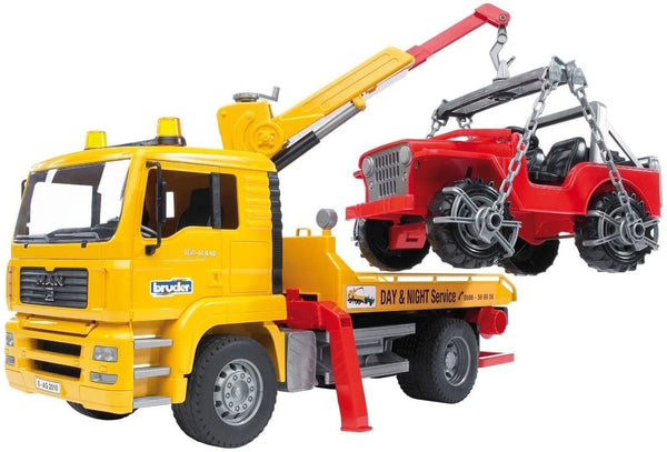 Bruder 02750 MAN TGA Tow Truck With Cross Country Vehicle