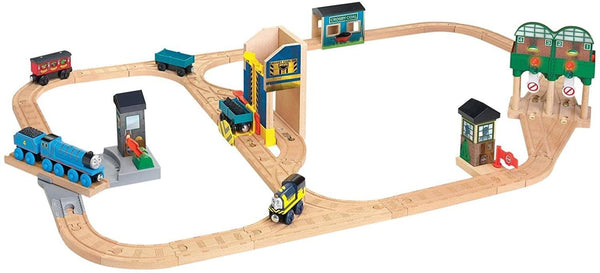 Thomas & Friends Wooden Railway: Logan And The Big Blue Engine Set