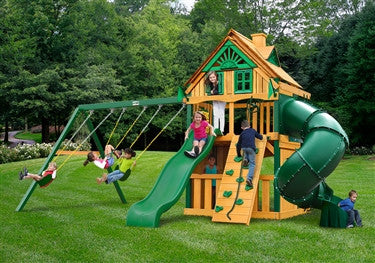 Gorilla Playsets Mountaineer Clubhouse Treehouse Swing Set