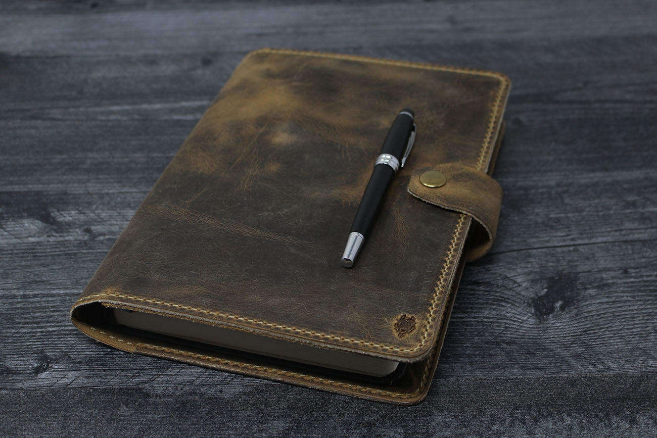 Full Focus Classic Planner Leather Cover
