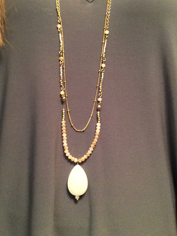 Ivory Pendant Beaded Necklace