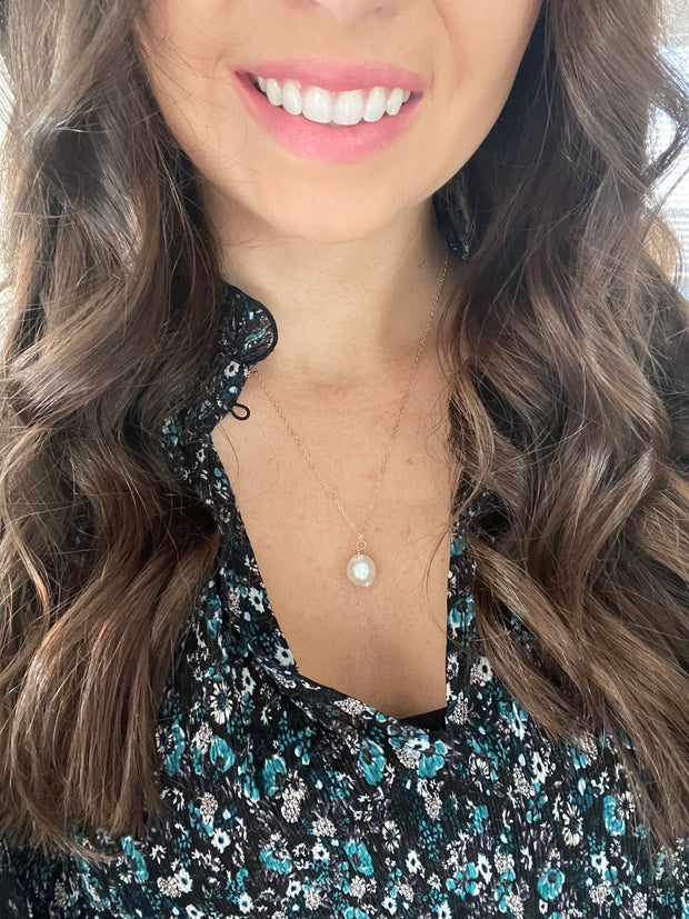 freshwater pearl dainty charm necklace