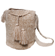 Large beige nuanced Wayuu bag