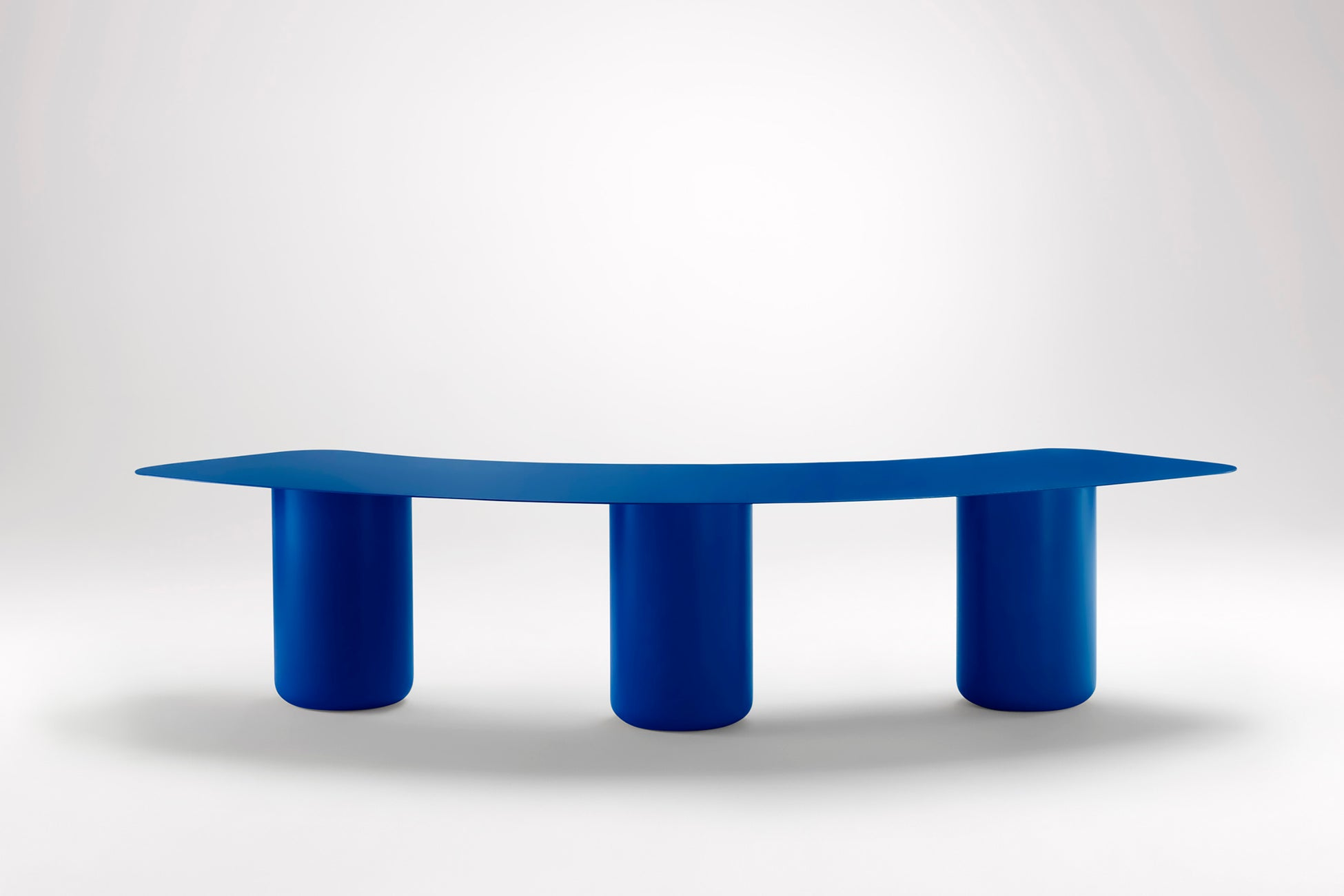 Sequence Curved Bench