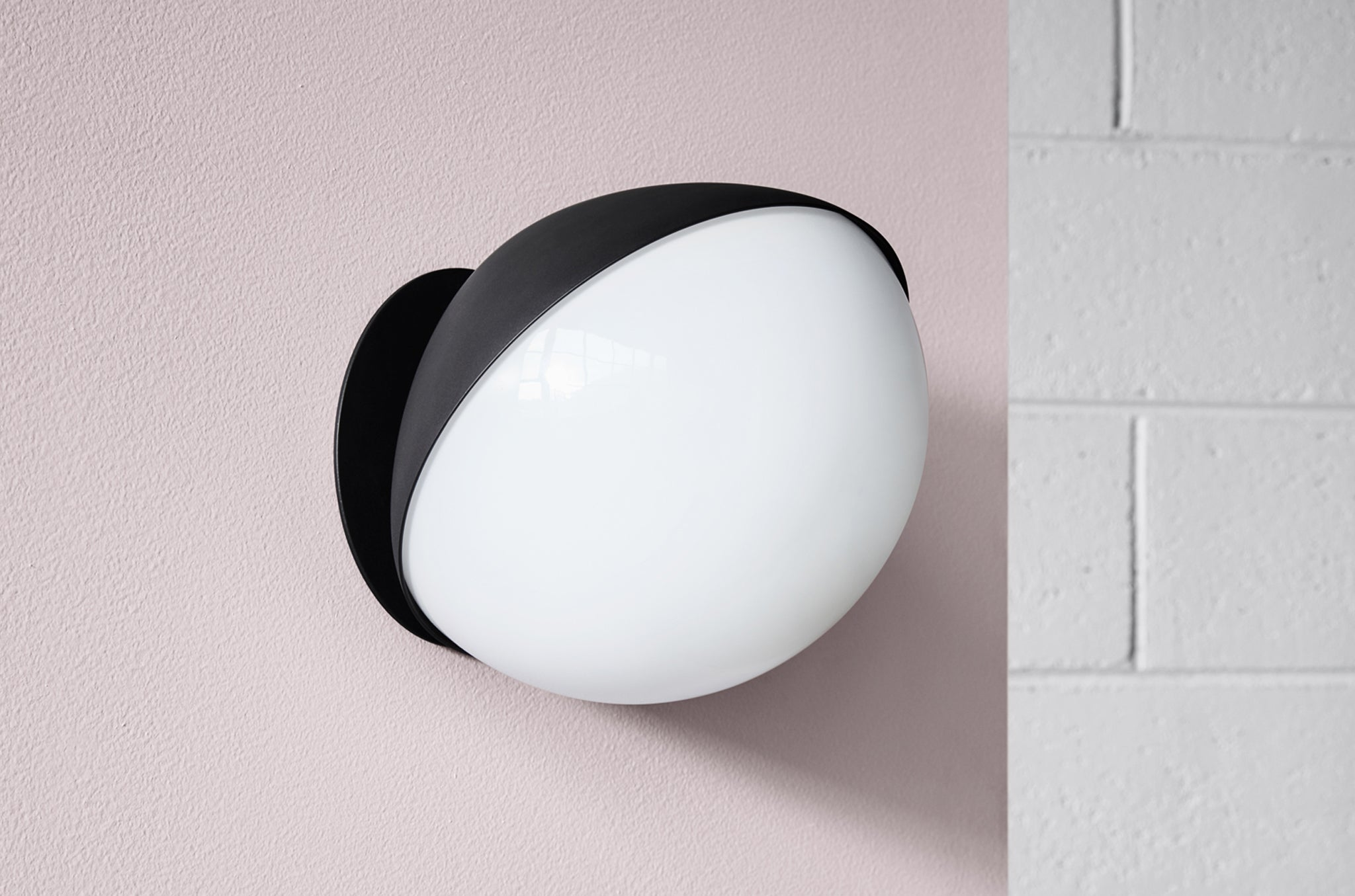 Jolly Wall Light