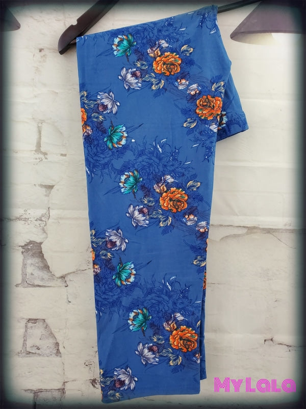 1 L007 Capri - Curvy Antique Floral Blue