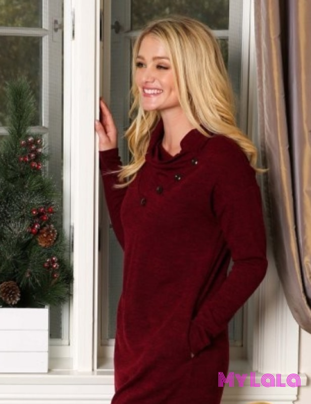 1 P1026 Curvy Cowl Neck Sweater (Burgundy)