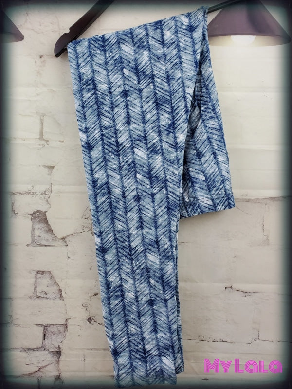 1 S716 Extra Curvy Feathered Chevron (24-32)