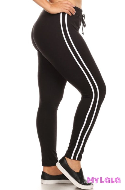 1 X8L31Blk Curvy Black Striped Activewear