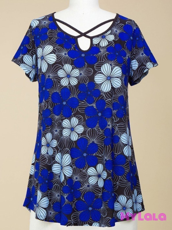 Curvy Floral Lattice (Blk/blue)