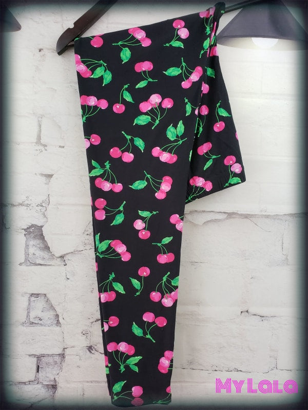 Curvy Pink Cherry - My Lala Leggings, soft leggings, buttery soft leggings, one size leggings
