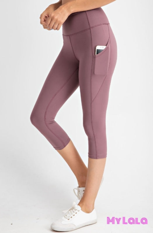 Curvy Pocketed Yoga Softy Capri Activewear (Dk Mauve) - My Lala Leggings, soft leggings, buttery soft leggings, one size leggings