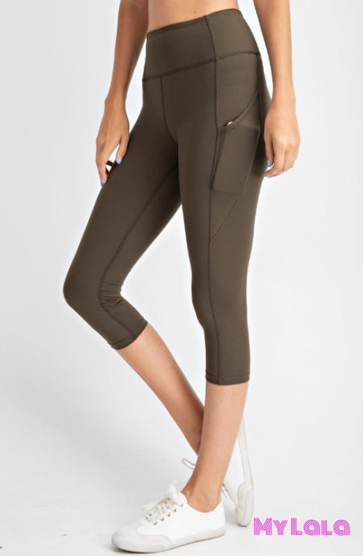 Curvy Pocketed Yoga Softy Capri Activewear (Olive)