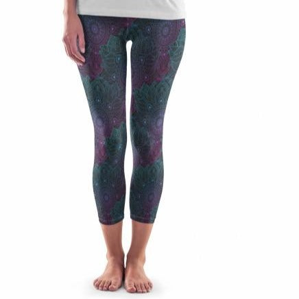 Curvy Pocketed Yoga Softy Capri (Dark Mandala) - My Lala Leggings