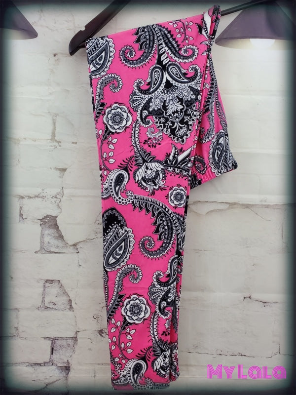 Extra Curvy Hot Pink Paisley (20-26)