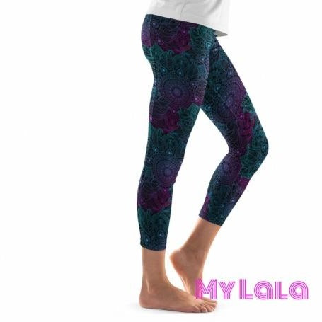 Extra Curvy Pocketed Yoga Softy Capri 20-26 (Dark Mandala) - My Lala Leggings