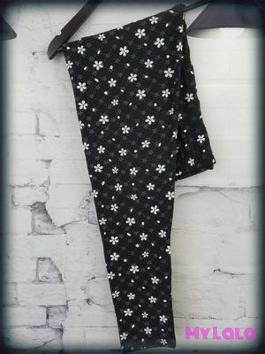 Extra Curvy Spotted Flower (20-26) - My Lala Leggings, soft leggings, buttery soft leggings, one size leggings