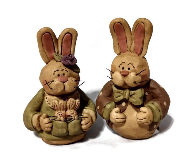 Rabbit Couple Blossom Bucket Figures