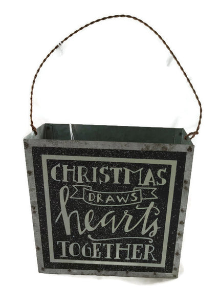 Primitives Christmas Draws Hearts Together Tin Bucket