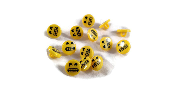 Grinning Emoticon Emoji Smiley Face Buttons Emoji