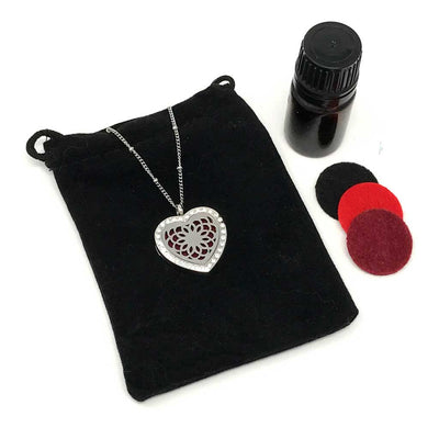 Passion Diffuser necklace with velvet polishing pouch and diffuser pads