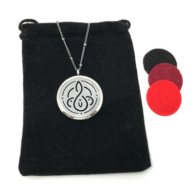 Vitality Diffuser necklace with velvet polishing pouch