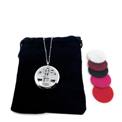 lighthouse diffuser pendant with velvet polishing pouch