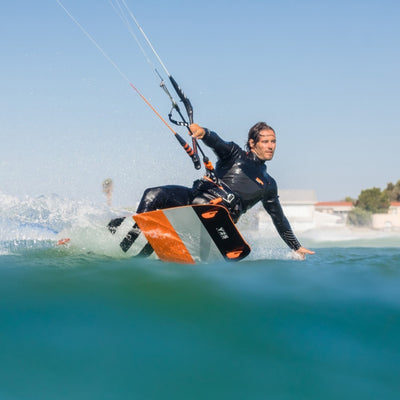 2020 RRD Bliss LTD Lightwind Kiteboard Action