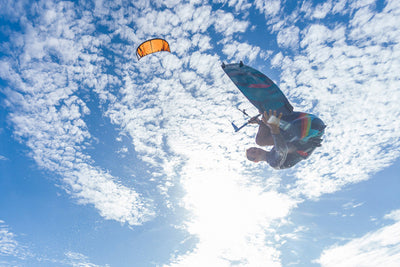Ozone Code V2 Freeride Kiteboard-sky-action