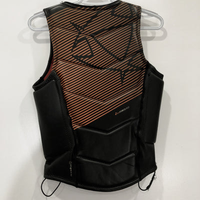 USED Mystic D30 Force Vest M back
