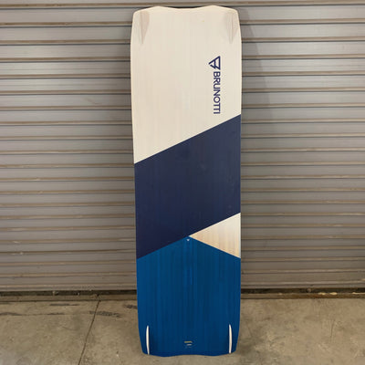 USED Brunotti Early Bird 150x45 Complete Kiteboarding Board, 2018 back