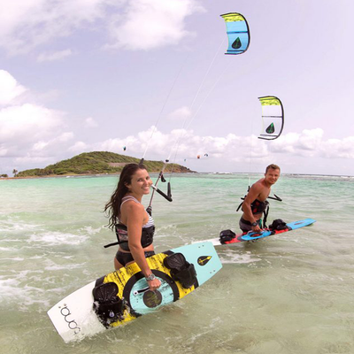 Tona Joy Ride Freestyle Kiteboard (complete) - Beach Action