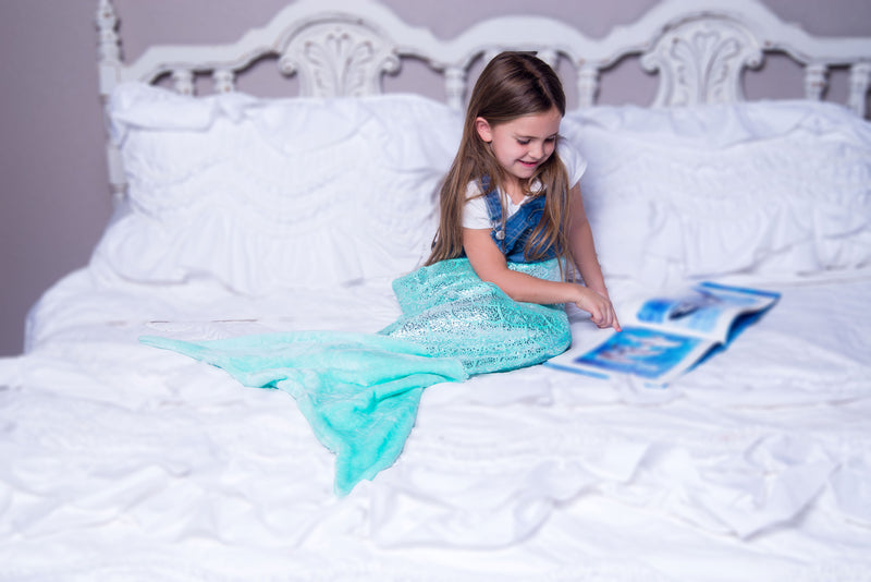 Mermaid Tail Blanket Shiny Teal (Small Ages 3-6)