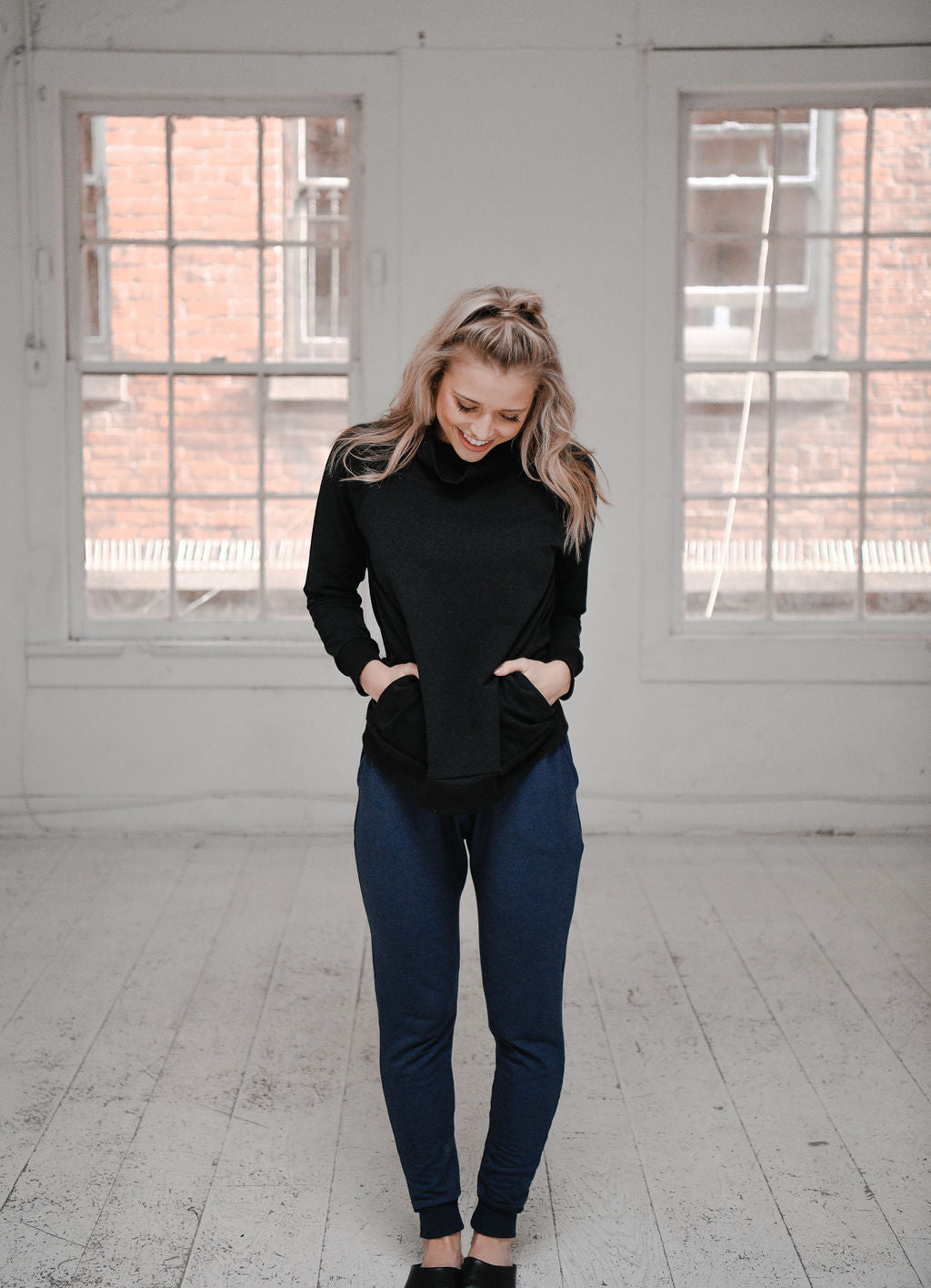 The High Waisted Jogger in Navy