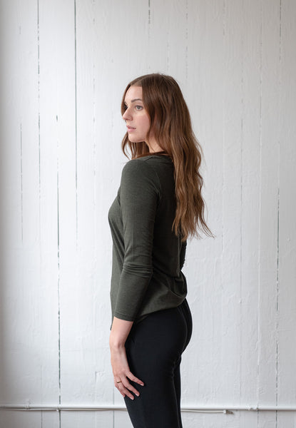 The Long Sleeve Perfect T in Forest
