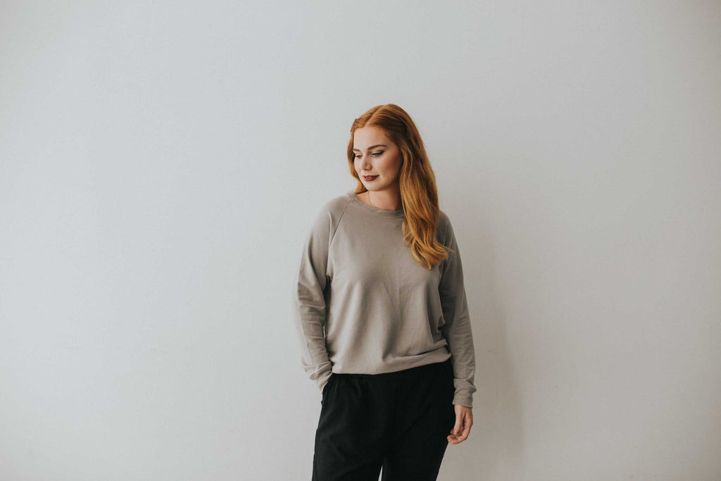 The Pullover in Grey