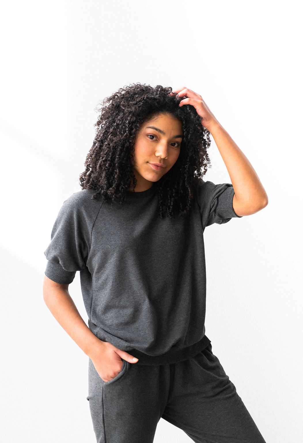 The Short Sleeve Pullover in Charcoal