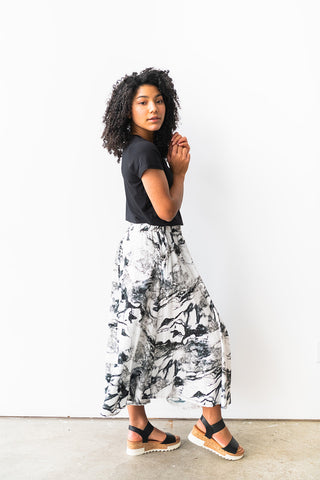 The Midi Skirt in Marble