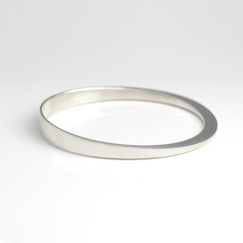 Sterling silver bangle - round