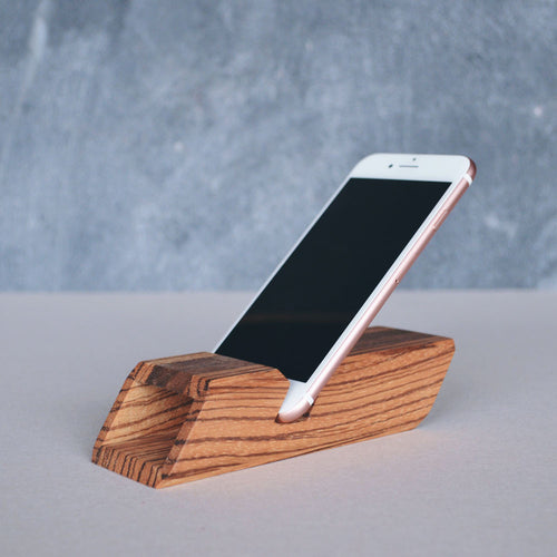 Chester 33° - Smartphone Dock & Sound Amplifier