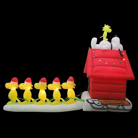 12 ft. Long Inflatable Snoopy and Woodstock's Scene
