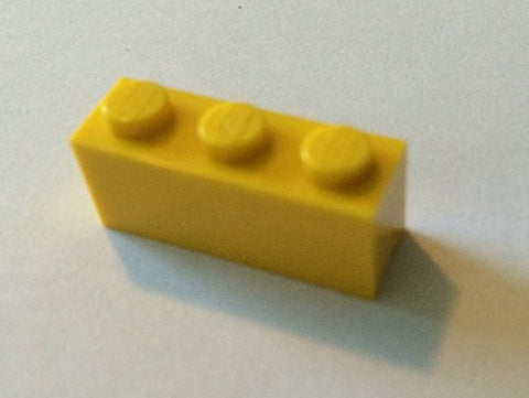 100x Lego Yellow 1x3 Bricks