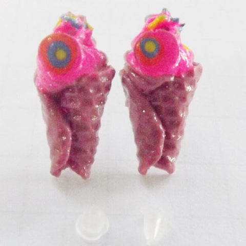 """Best Cone"" Fashion Clay Handmade Stud Earrings from Thailand 1027"