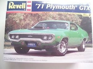 #2166 Revell '71 Plymouth GTX 1/24 Scale Plastic Model Kit,Needs Assembly