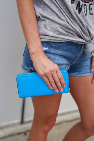 BE BRIGHT BACK BLUE WALLET