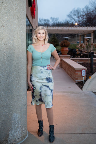 BORN TO TIE DYE MIDI SKIRT
