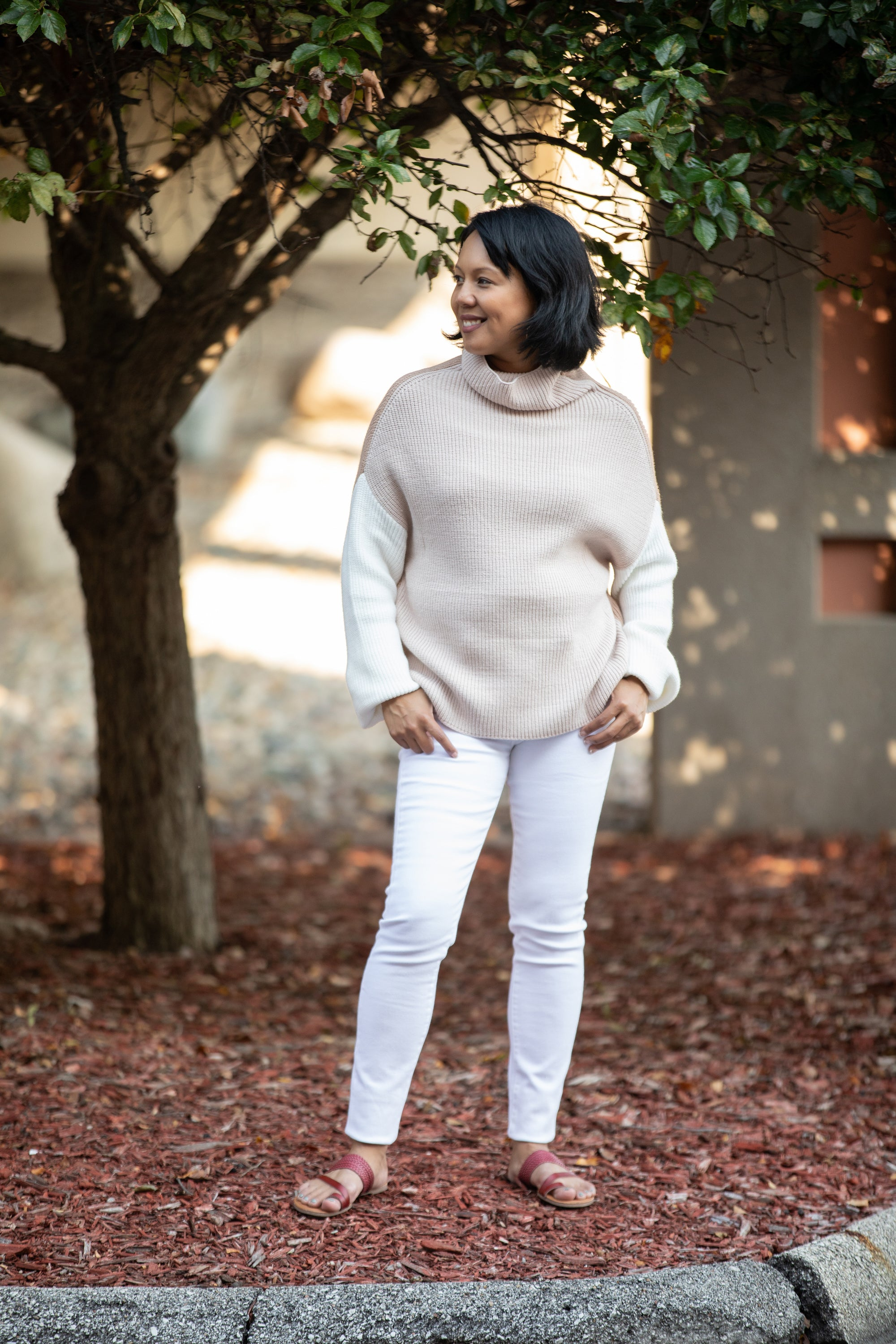 COLORBLOCK HIS NUMBER SWEATER: BEIGE