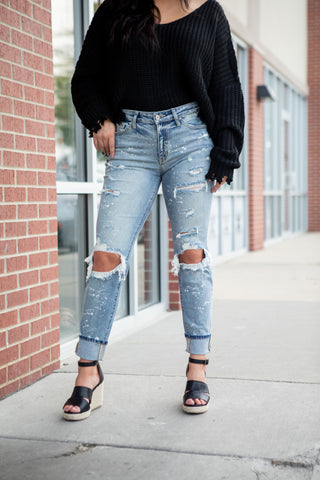 TATUM LIGHT WASH BOYFRIEND DENIM