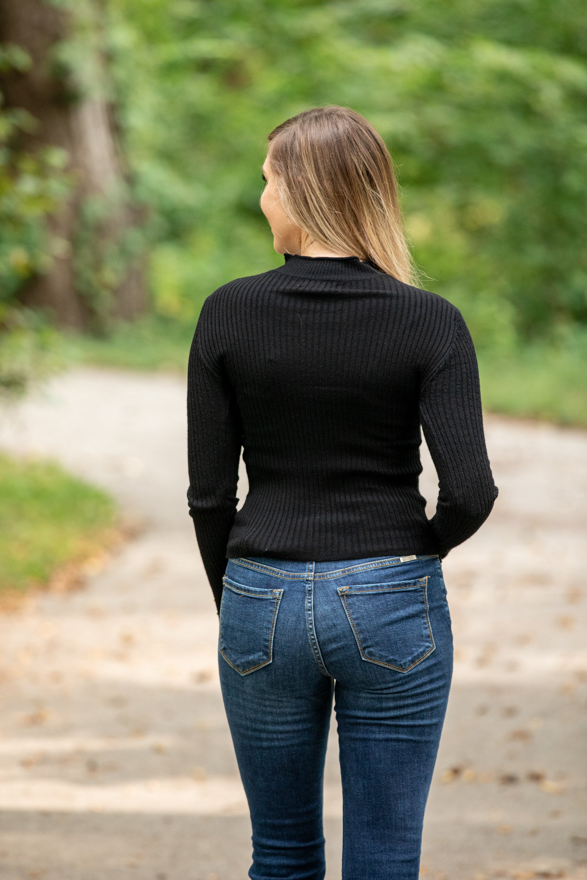 PERFECT FEELING BLACK RIBBED SWEATER
