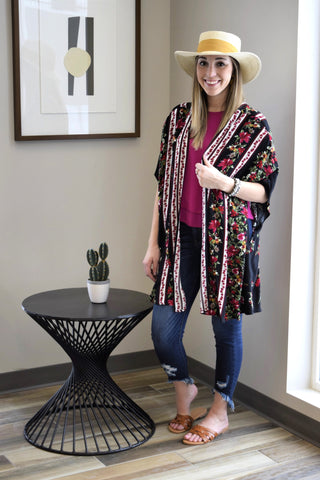 ROSE TO POWER BLACK FLORAL KIMONO